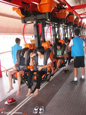 http://2.bp.blogspot.com/__Qrnvh5mADc/S5EbcbcFjyI/AAAAAAAAGek/k9FKYRw0lYg/s400/Dream+World+Sky+Coaster.JPG