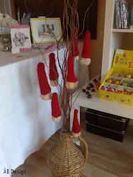 Butt naked Santas(att hänga i granen)