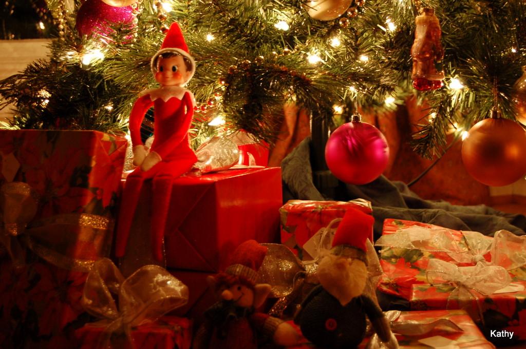 [Christmas+2]