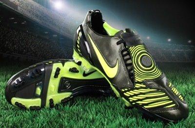 Nike Total 90 Laser II