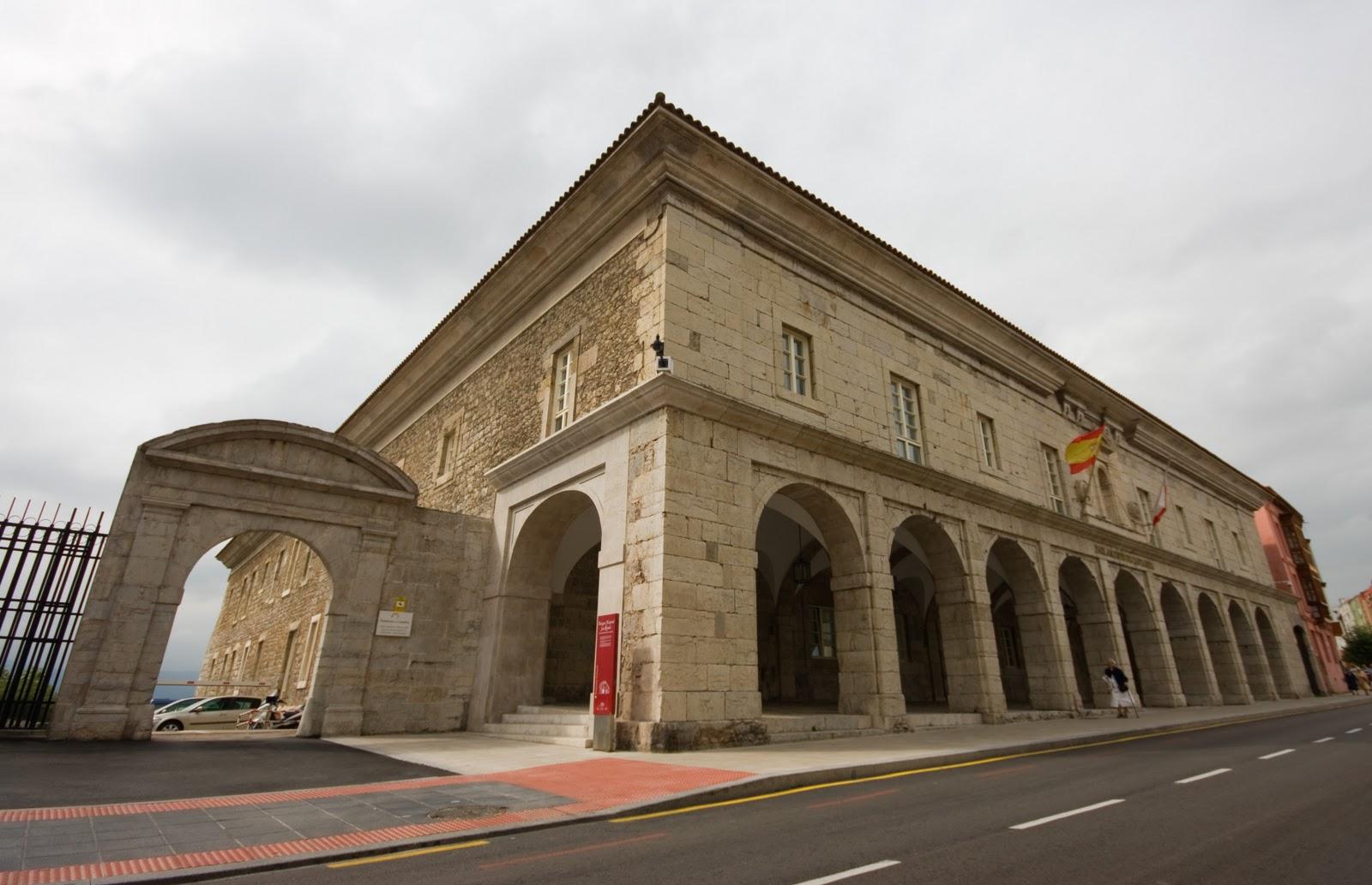 Imagenes de santander cantabria infinita sede del for Parlamento sede