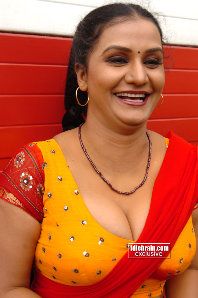 Name and Apoorva aunty nipples images лучшая extra