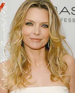 Michelle Pfeiffer Beautiful Long Wavy Hairstyle