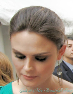 Emily Deschanel Truly Beautiful Face
