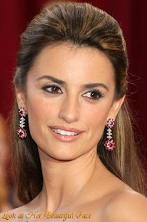 Penelope Cruz Beautiful Face