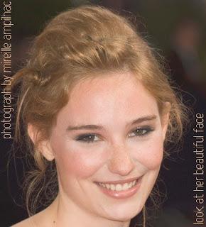 Déborah François Beautiful Face