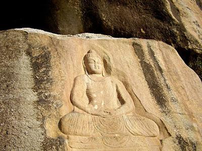 http://2.bp.blogspot.com/__VIqCxcAGEo/S_5ARiUbMHI/AAAAAAAADag/0QiZe_3Bn5U/s1600/buddha-purnima-day.jpg