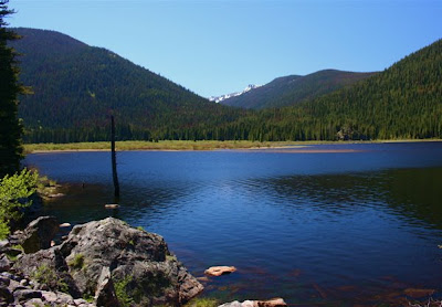 Monarch Lake Colorado is the starting point for the Cascade Falls Trail