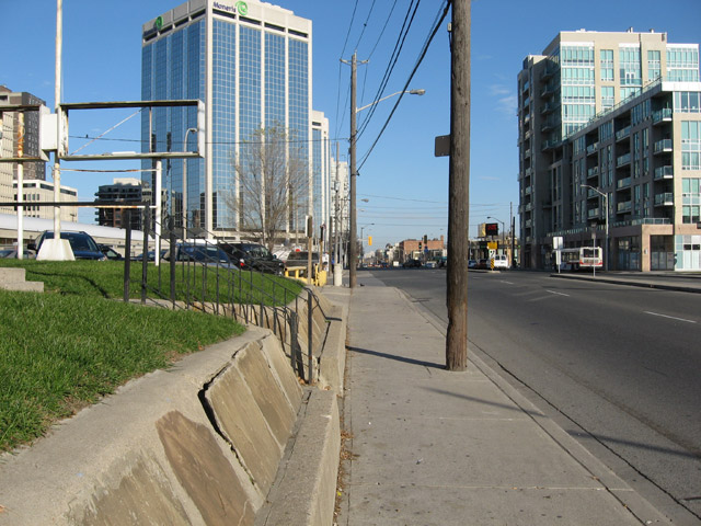 Islington and Bloor Street West Legion Looking East 2009