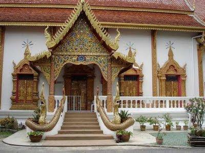 La cité des pagodes au vietnam
