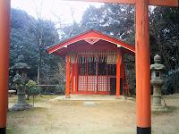 ウェスティン都ホテル・御百稲荷神社