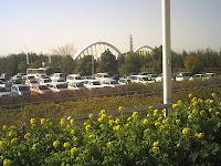 スタジアム駐車場から見た久澄橋
