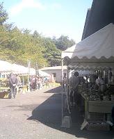 赤津会館前の出店