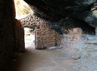 Interior de la balma gran de l'Espluga