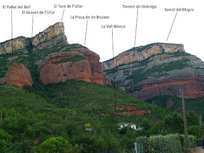 Els Cingles de Bertí des de Can Tabola