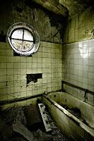 Interior d'un bany del Sanatori de Terrassa. Autor fotografia: Wamba