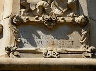 Medalló de Sant Jordi amb els versos de Jaume Collell
