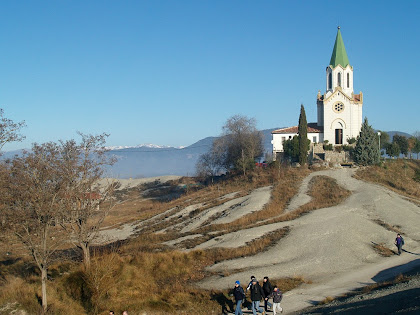 Allunyant-nos del Santuari de Puig Agut