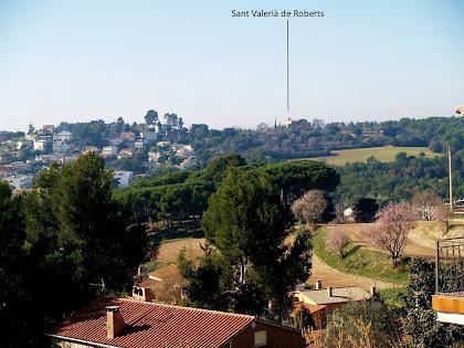 L'ermita de Sant Valerià des de la urbanització de Ca l'Esteper