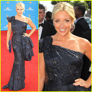 Jane Krakowski wearing Escada, Emmy Awards 2010