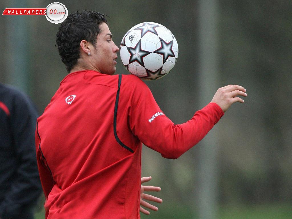 http://2.bp.blogspot.com/__c9qWlUD8Qs/S9K58whSjzI/AAAAAAAAIuE/8qk33mjReJA/s1600/Cristiano_Ronaldo_11896.jpg