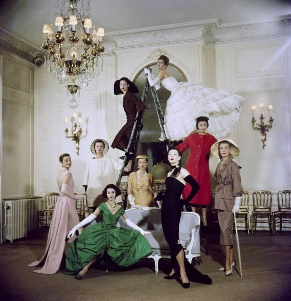 [Dior_1957_Paris.62214058_large]