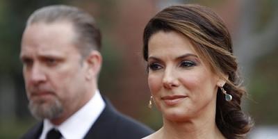 Esposo de Sandra Bullock pide disculpa