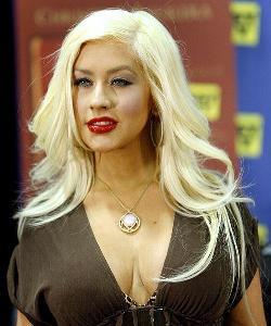 Christina Aguilera se pasa a la música electrónica