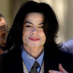 Michael Jackson usaba dos e-mail secretos
