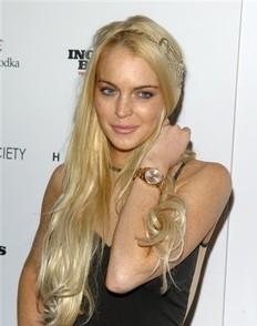 Lindsay Lohan acusada de quedarse con joyas... otra vez