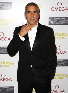 George Clooney amenaza a Brad Pitt