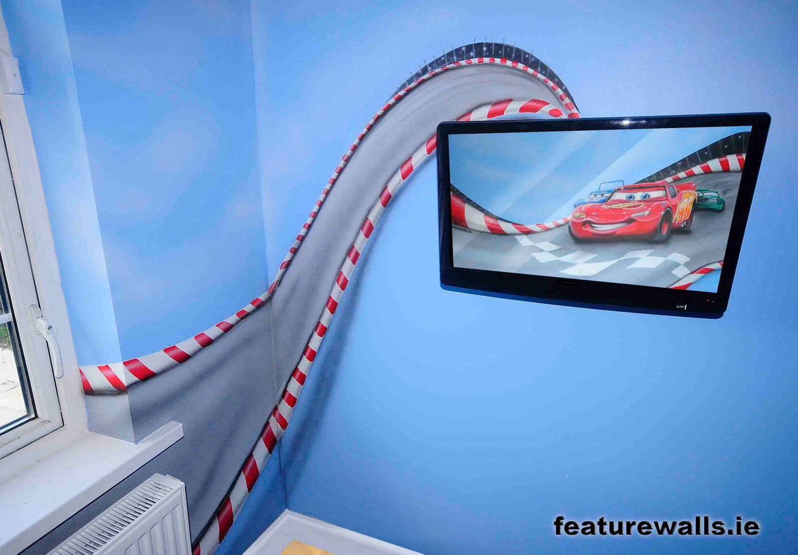 Mural painting professionals featurewalls for Airbrush car mural