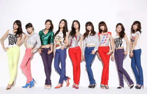 Historia de Girls' Generation 1-047-047592_8-Girls-Generation-(SNSD)
