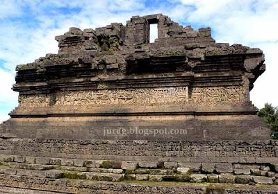 sejarah candi Indonesia, daftar candi di Indonesia, kumpulan candi di Indonesia