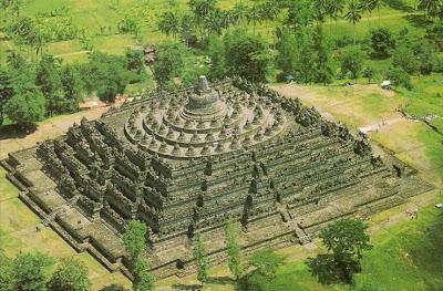 Daftar Gambar Candi di Indonesia daftar nama candi dan lokasi di indonesia Foto candi di jawa barat jawa tengah jawa timur bali sumatra dan kalimantan.