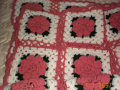 Crochet Pattern Rose Trellis Afghan : Gs Crafts n Things: 30 Roses - a poem & pattern