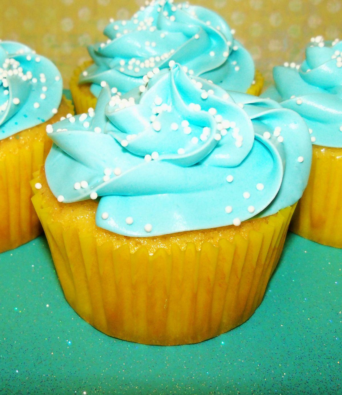 Cupcake Delivery Dallas | Birthday, Wedding Cupcakes Dallas, TX ...