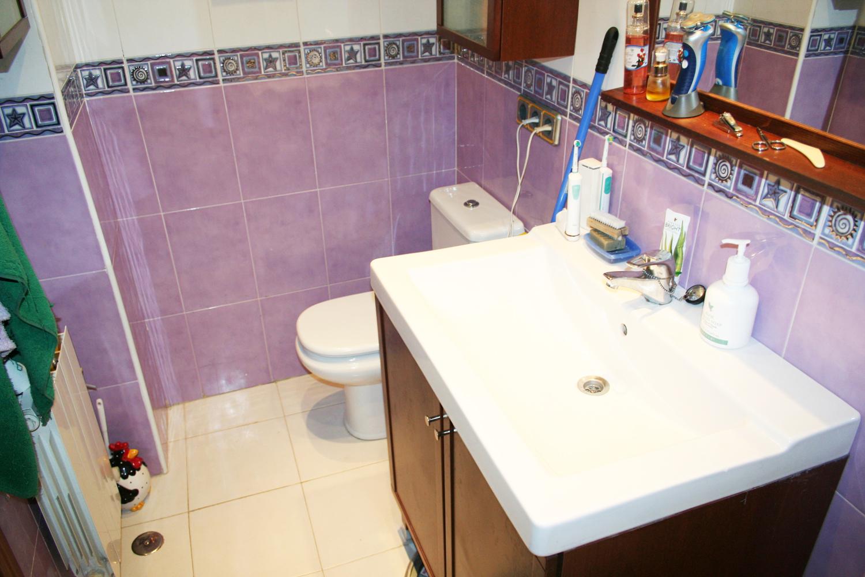 Vendo piso en alcobendas ba o recibidor y pasillo for Azulejos alcobendas