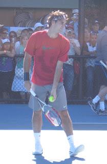 Roger Federer beat Muller