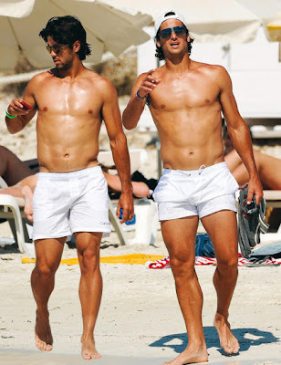Fernando Verdasco and Feliciano Lopez hit the beach