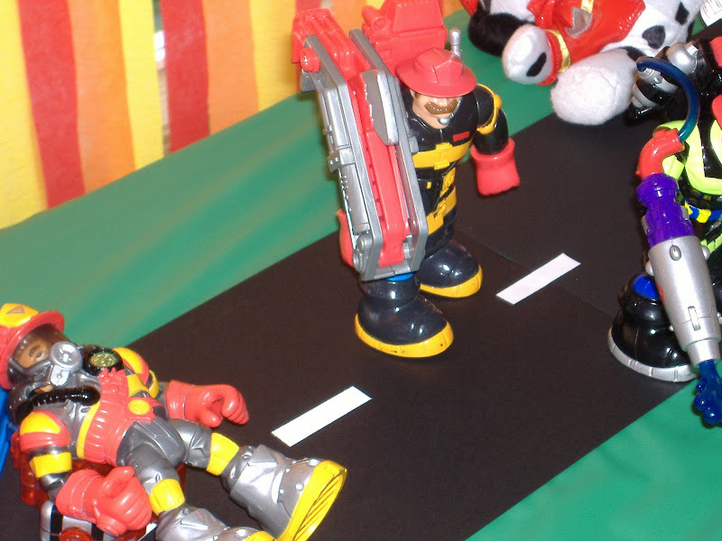 firefighter party table toys