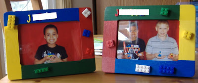 Lego picture frame favor
