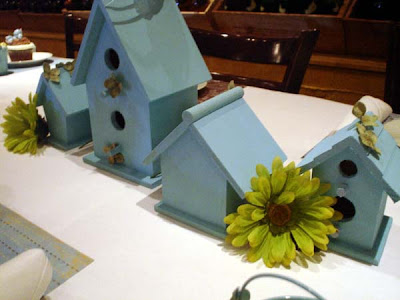 bluebird house centerpiece