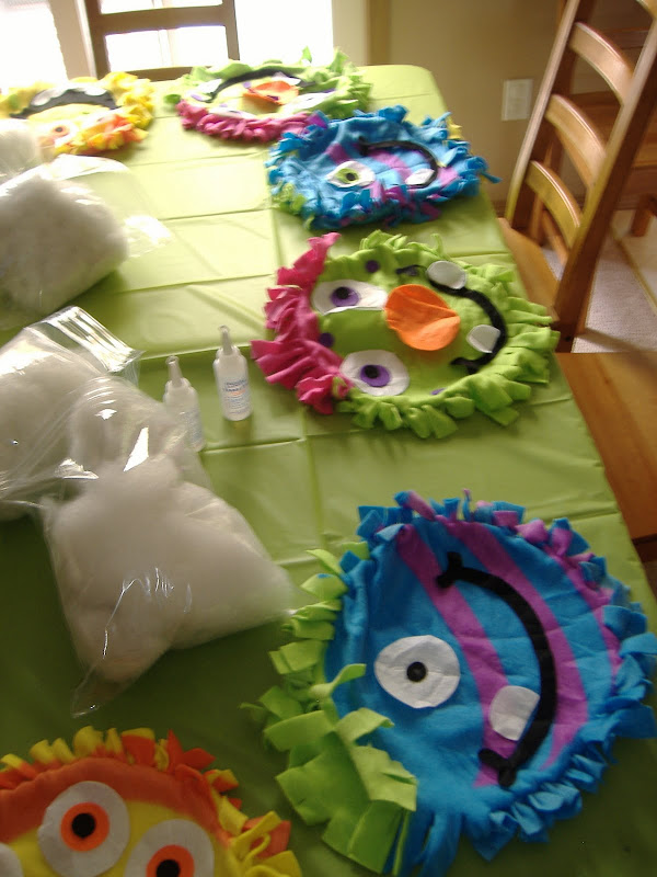 Monster Mash Bash pillow table
