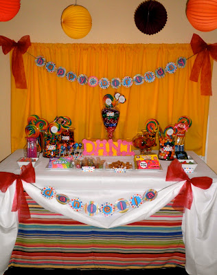 Sweet One birthday table