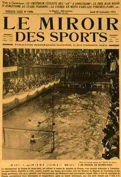 Water polo legends 1923 the final of the french championship for Miroir winners