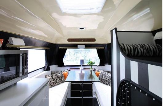 Mi rinc n de sue os una caravana en blanco y negro - Interior caravana ...