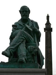 James Clerk Maxwell statue 1