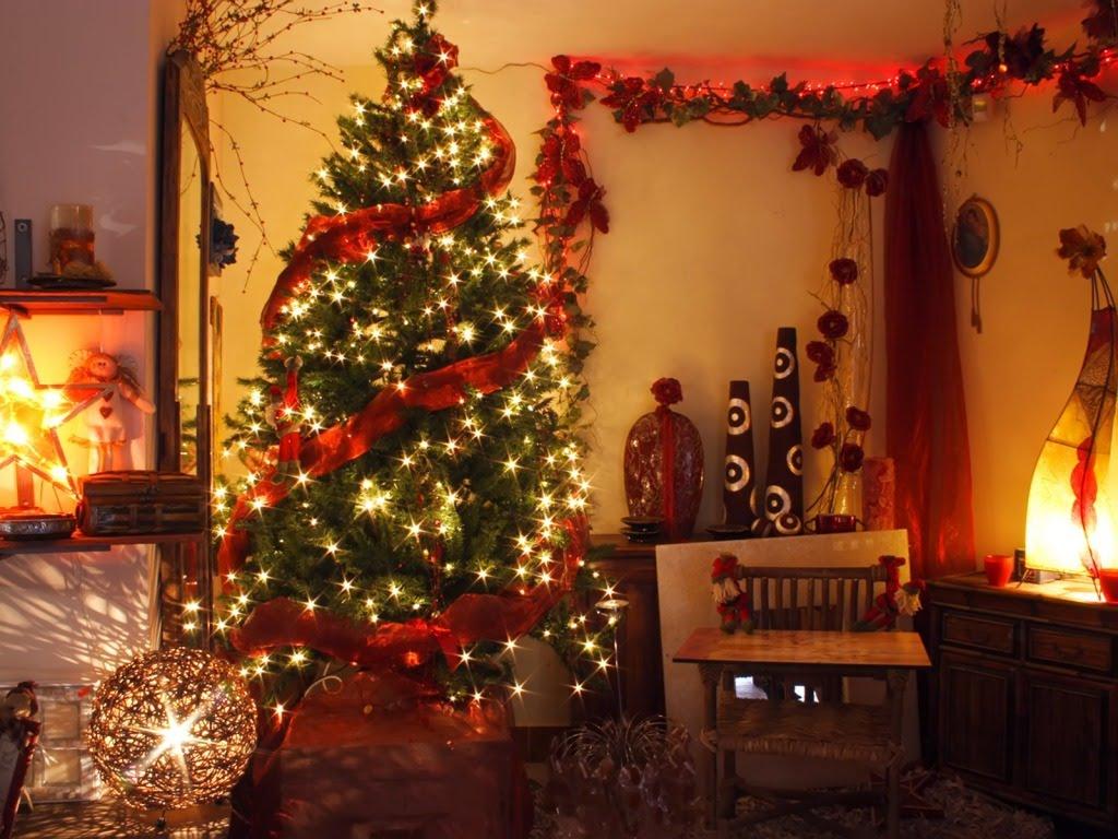 Božićna atmosfera - topli Božić u kući, čekanje Božića - download besplatna p...