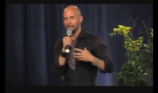 neil strauss las vagas system, have success with women, be successful with women, have confidence with women, be confident with women, David DeAngelo's man transformation seminar, attract women, attracting women